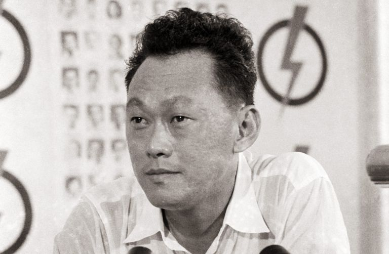 harry lee kuan yew Lee kuan yew's wiki: lee kuan yew , gcmg , ch , spmj (born harry lee kuan  lee kuan yew's opportunity to formally enter politics came when members of the singapore chinese middle schools union launched anti-colonial, non-violent protests against the enactment of the national.