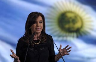 Argentina Freezes Prices for Consumer Goods