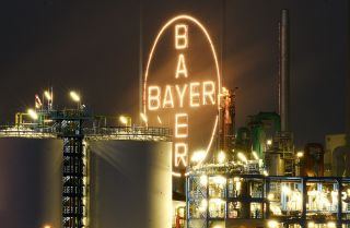 If the pursuit of agricultural giant Monsanto by the Bayer conglomerate is successful, it will further shrink the limited number of major agricultural technology companies.