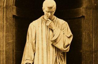 A statue of Italian statesman, philosopher and writer Niccolo Machiavelli, circa 1500.