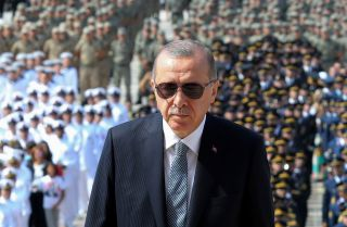 Turkish President Recep Tayyip Erdogan visits the tomb of Mustafa Kemal Ataturk, the founder of modern Turkey, in Ankara on Aug. 30, 2018.