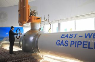Turkmen President Gurbanguly Berdymukhamedov attends an opening ceremony for the East-West natural gas pipeline in 2015.