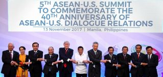 Leaders pose during the 31st Association of Southeast Asian Nations (ASEAN) Summit in Manila on Nov. 13.
