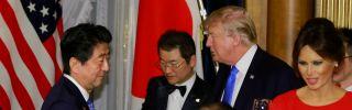 U.S. President Donald Trump toasts Japanese Prime Minister Shinzo Abe (L) at a welcome dinner at Akasaka Palace, Tokyo, Nov. 6.