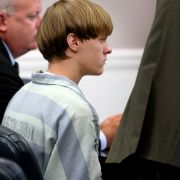 Dylann Roof, the suspect behind the church shooting that left nine dead in the U.S. state of South Carolina, appears in court the day after the attack on July 15, 2015.