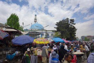A busy street market in Kabul.